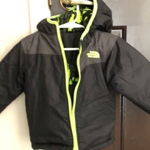 The North Face Boys Jacket 2T reversible